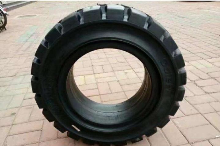 叉车轮胎的保养 - 知乎--惠州龙工叉车